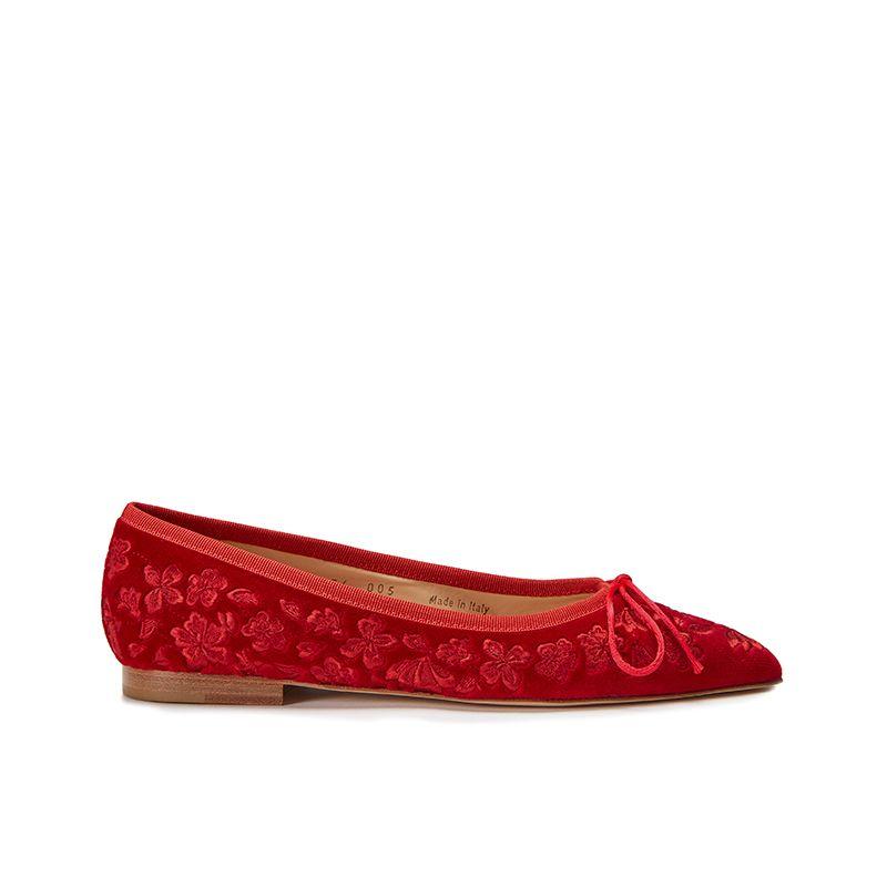 Ballerine in velluto rosso con ricamo floreale ton sur ton all over, modello da donna, by Fragiacomo