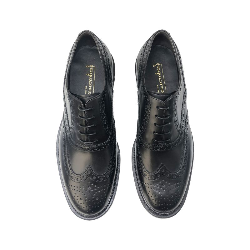 Black calfskin brogues with rubber sole, men's model by Fragiacomo