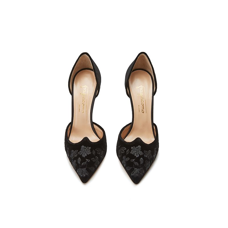 Black velvet pumps with embroidery ton sur ton on the point and satin on the back part, elegant women's, by Fragiacomo, over view