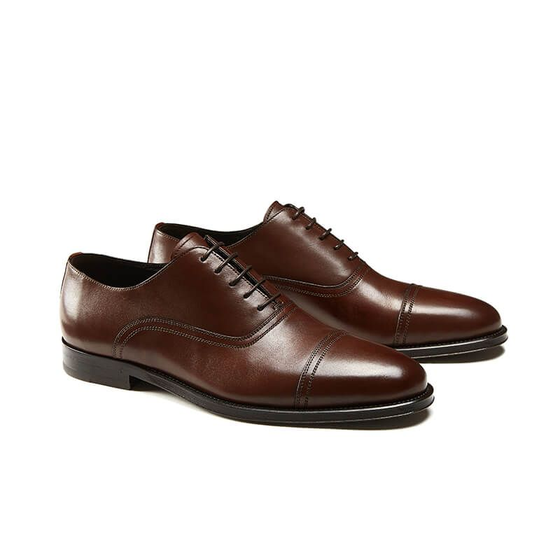Light brown calfskin Oxford shoes with laces, hand made in Italy, elegant men's by Fragiacomo