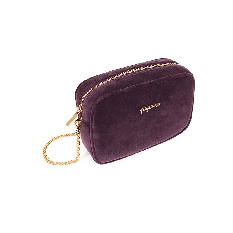 Camera bag in violet velvet with gold accessories woman