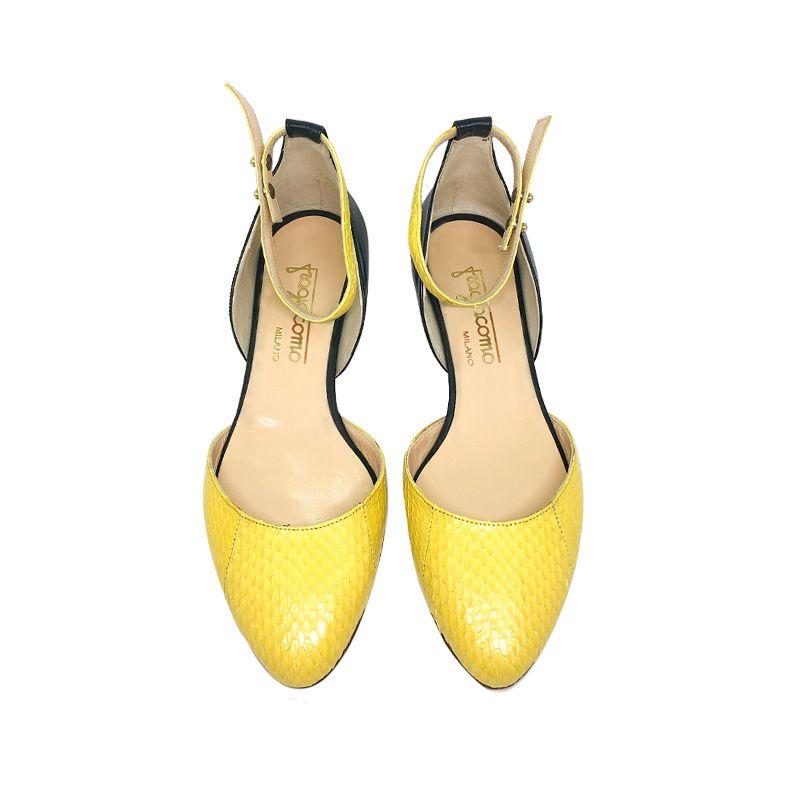 Décolleté in pelle nera e gialla con tacco basso fatte a mano in Italia, modello da donna by Fragiacomo