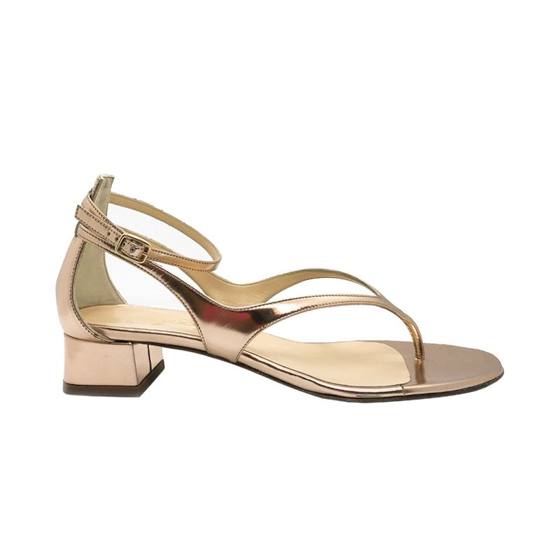 Gold leather low heel sandals hand made in Italy, women's model by Fragiacomo