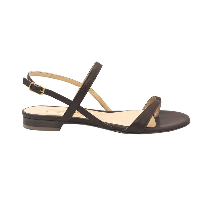 Light brown leather flat sandals hand made in Italy, women's model by Fragiacomo