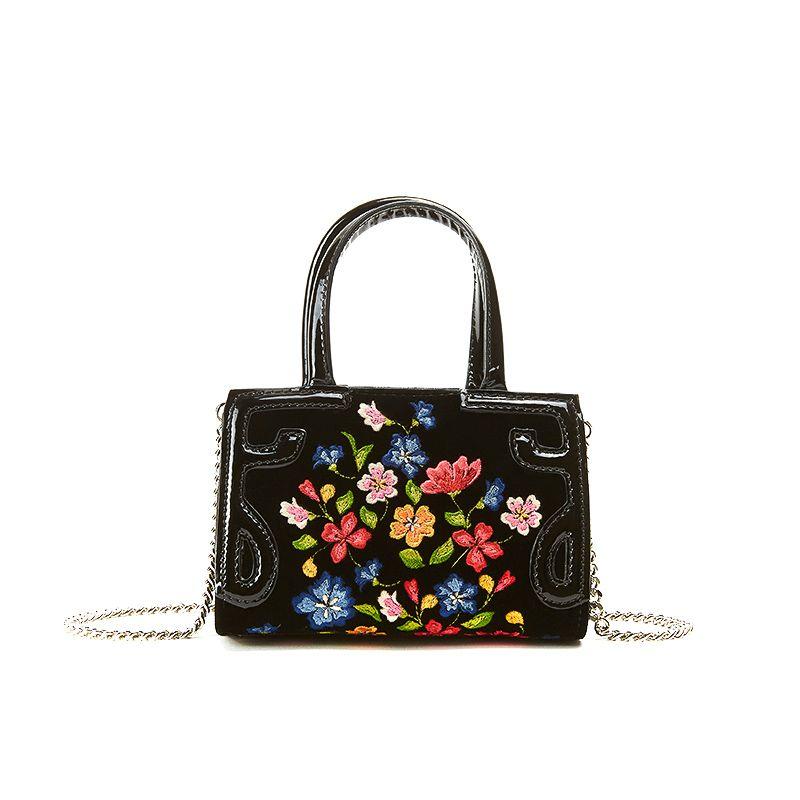 Borsa a tracolla in velluto nero con ricamo floreale multicolor su tutta la superficie, modello Micro Icon da donna by Fragiacomo