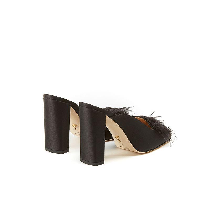 Mules nere in raso con piume e tacco alto quadrato 10 cm, da donna by Fragiacomo