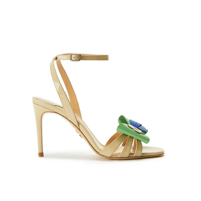 Nude patent leather high heel sandals with ankle strap and multicolor bow, SS19 collection by Fragiacomo
