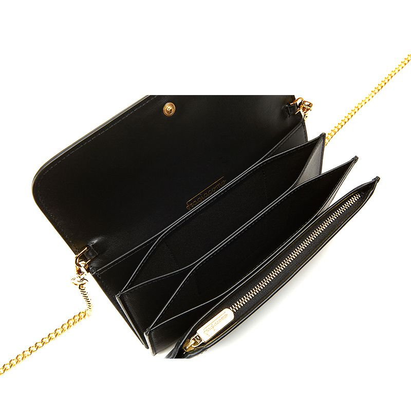Pochette in black nappa leather with gold accessories woman