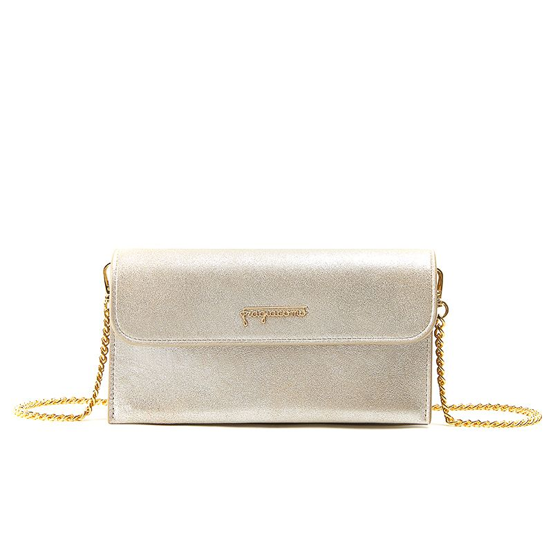 Pochette in gold burma leather with gold accessories woman
