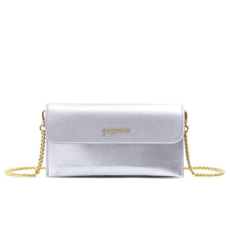 Pochette in nappa laminata lilla con catena e accessori oro da donna