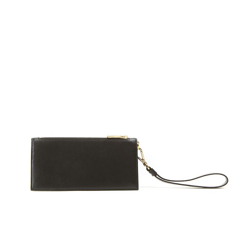 Pouche in black nappa leather with gold accessories woman