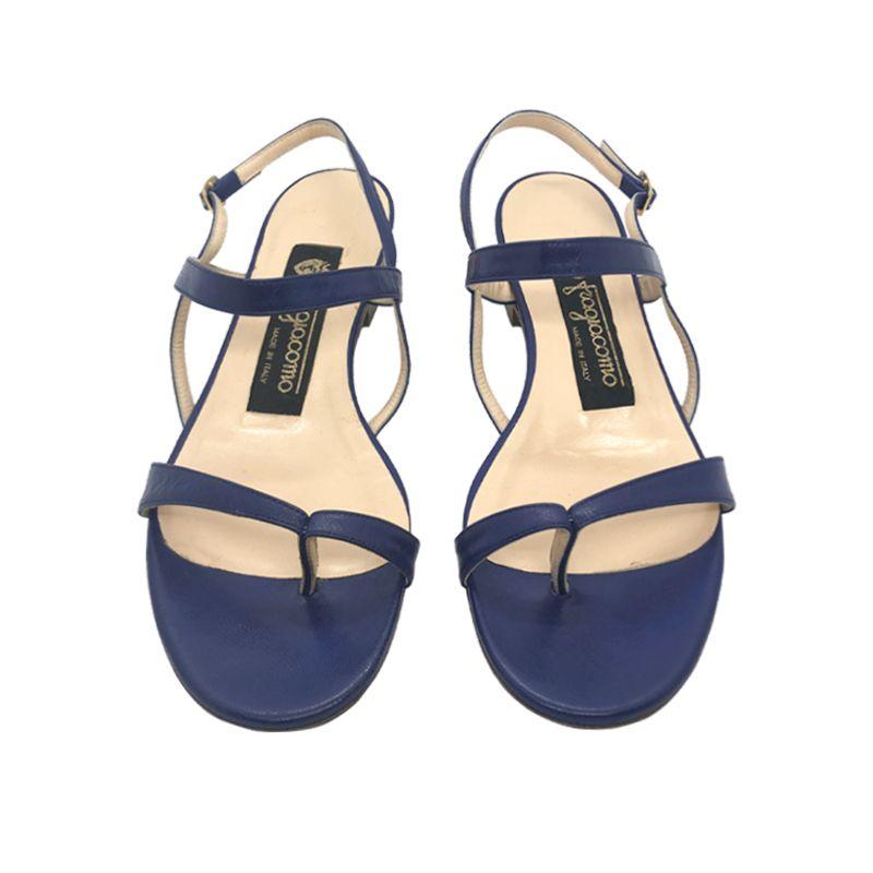 Sandali infradito in pelle blu scuro fatti a mano in Italia con tacco basso, modello da donna by Fragiacomo