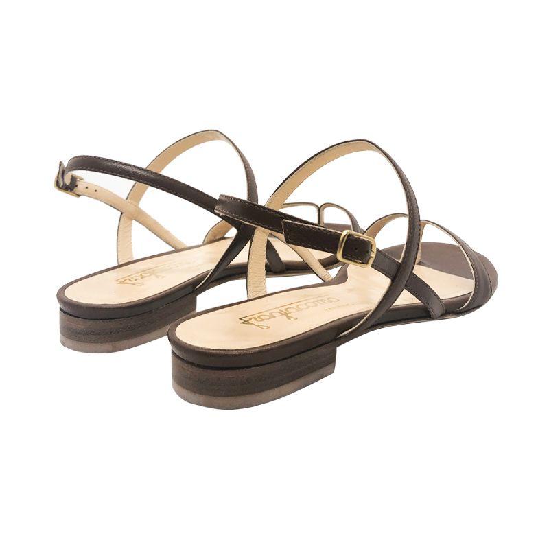 Sandali infradito in pelle cuoio fatti a mano in Italia con tacco basso, modello da donna by Fragiacomo