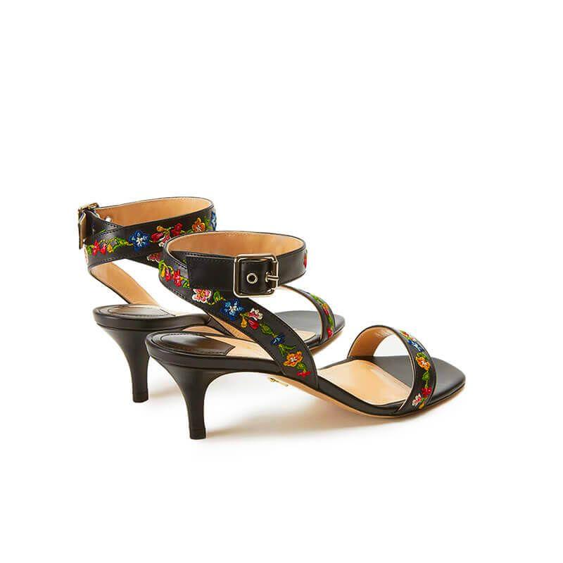 Sandali neri in pelle con cinturino ricamato e tacco basso 55mm, collezione SS19 by Fragiacomo, vista da dietro