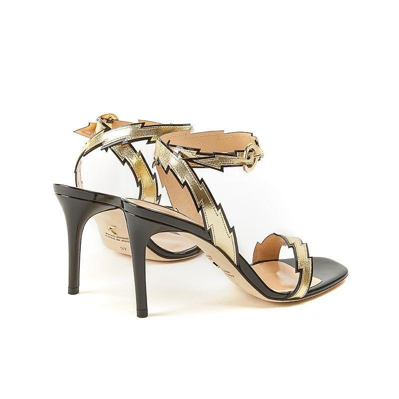 Sandali neri in nappa laminati in oro con cinturino fulmine e tacco alto stiletto 85 mm, collezione Flash by Fragiacomo