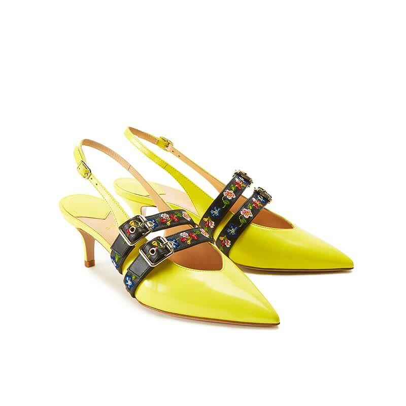 Slingback gialle in vernice con cinturino e tacco 55mm, vista laterale