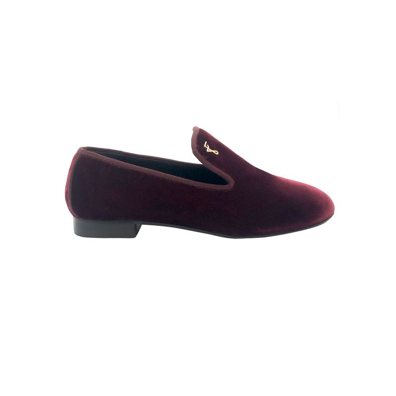 Slippers in bordeaux velvet with gold logo hand made in Italy, unisex model by Fragiacomo