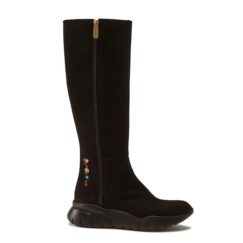 Stivali alti in pelle di camoscio neri fatti a mano in Italia con ricamo storico, doppia zip dorata e suola in gomma nera, modello da donna by Fragiacomo