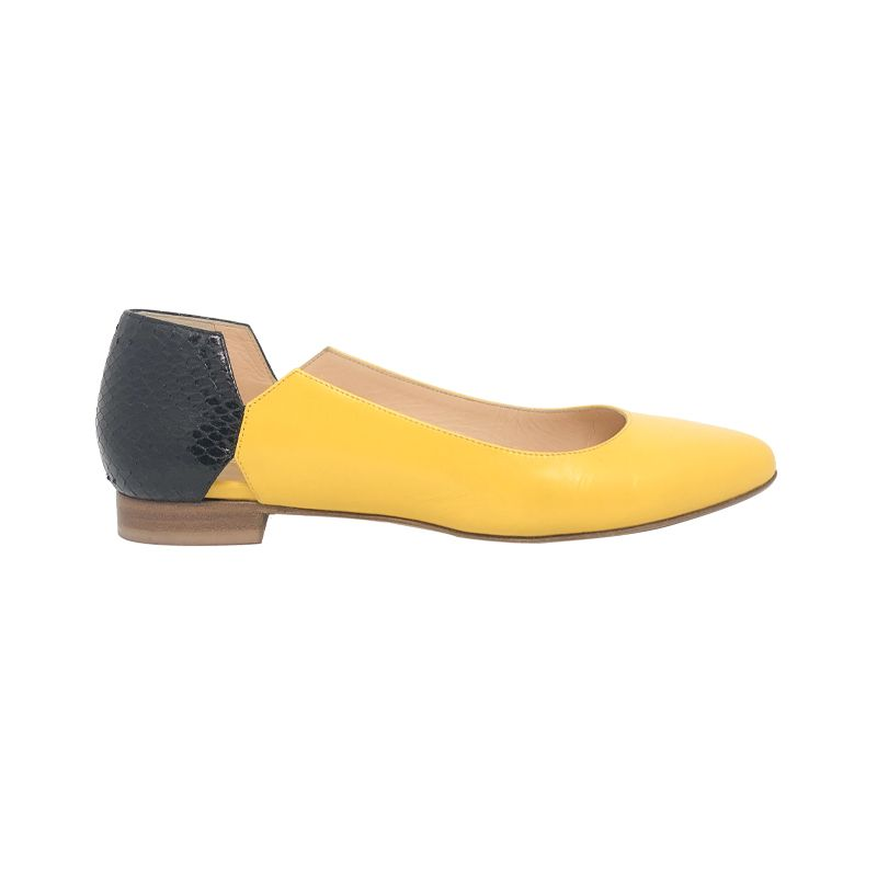Yellow and black leather ballerinas hand made in Italy, women's model by Fragiacomo