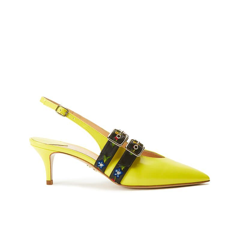 Yellow patent leather slingbacks with embroidered straps and kitten heel, SS19 collection by Fragiacomo