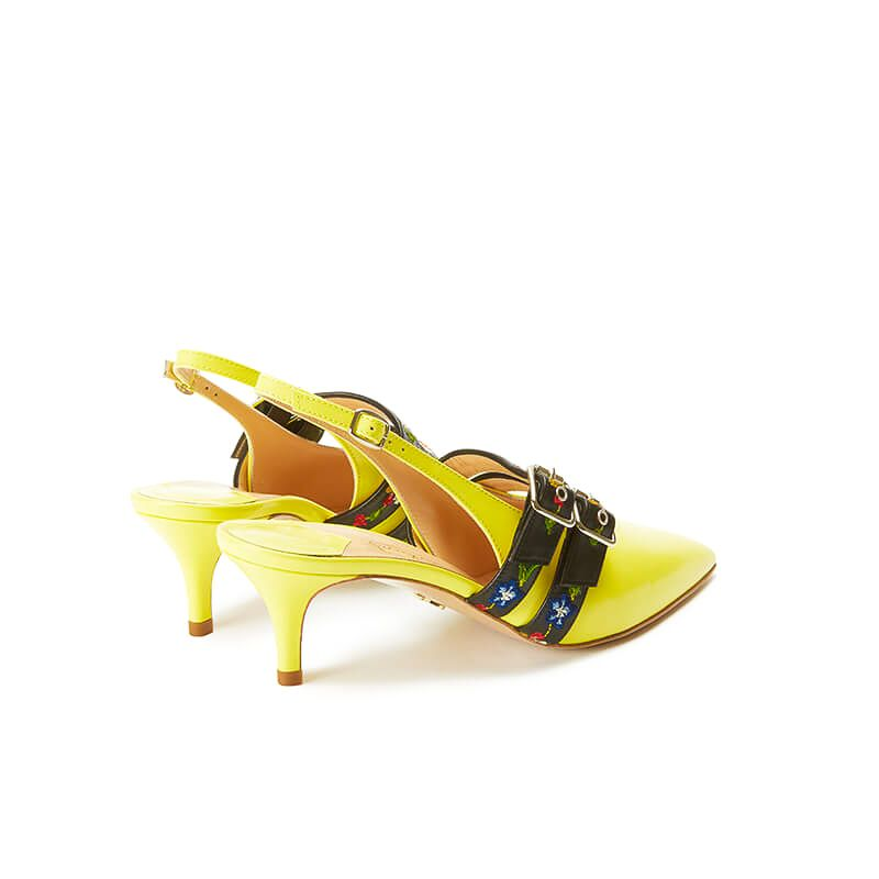 Yellow patent leather slingbacks with embroidered straps and kitten heel, SS19 collection by Fragiacomo, back view