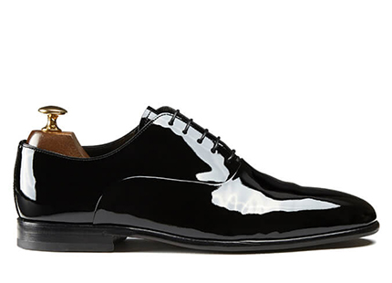 Black patent Oxford shoes with handmade bombé leather sole made in Italy, luxury by Fragiacomo