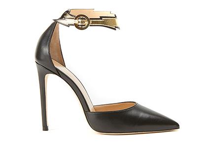 Le décolleté a punta Flash in nappa nera sono una calzatura di lusso creata a mano in Italia by Fragiacomo