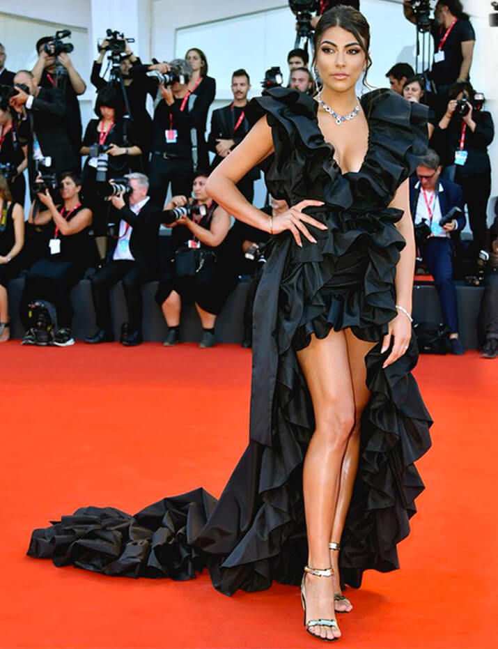 The showgirl Giulia Salemi wearing black nappa leather sandals from Flash collection by Fragiacomo at the Venice Film Festival 2019