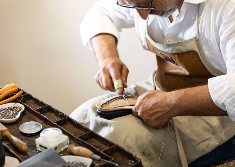 Artisan makes luxury man's shoes by Fragiacomo